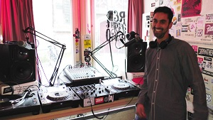 A Visit to Amsterdam's Red Light Radio: New World of Internet Radio Based in Notorious Spot