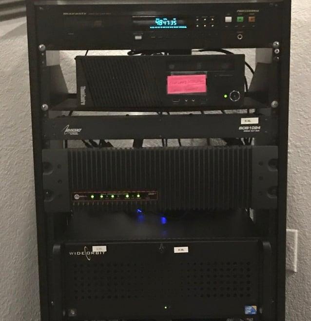 Radio Station in a Rack - 640 x 661.jpg