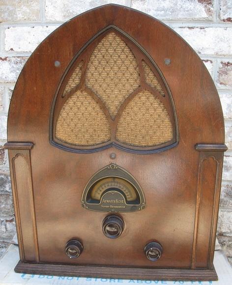 1932 Atwater Kent 84 model radio