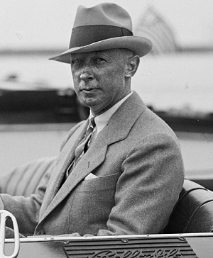 Arthur Atwater Kent (By Unnamed photographer for National Photo Company - National Photo Company photo via Library of Congress website; cropped from [1], Public Domain, https://commons.wikimedia.org/w/index.php?curid=10480882)
