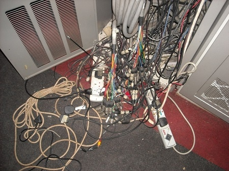 Rack wire mess