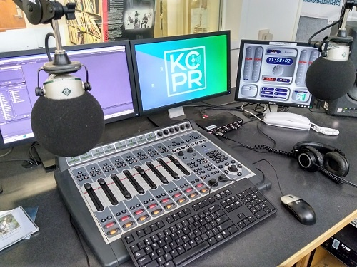 Element with KCPR monitor.jpg
