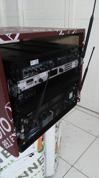 Mobile Rack featuring Telos Z/IP ONE used for underwater broadcast