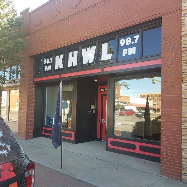 KHOWL (KHWL 98.7) building in downtown Altus, OK