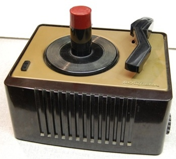 First 45 RPM record player (1948)